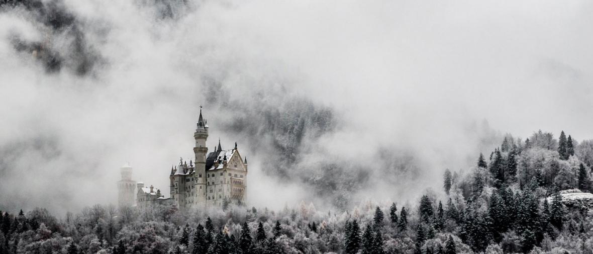 کاخ ها و قلعه های شگفت انگیز دنیا