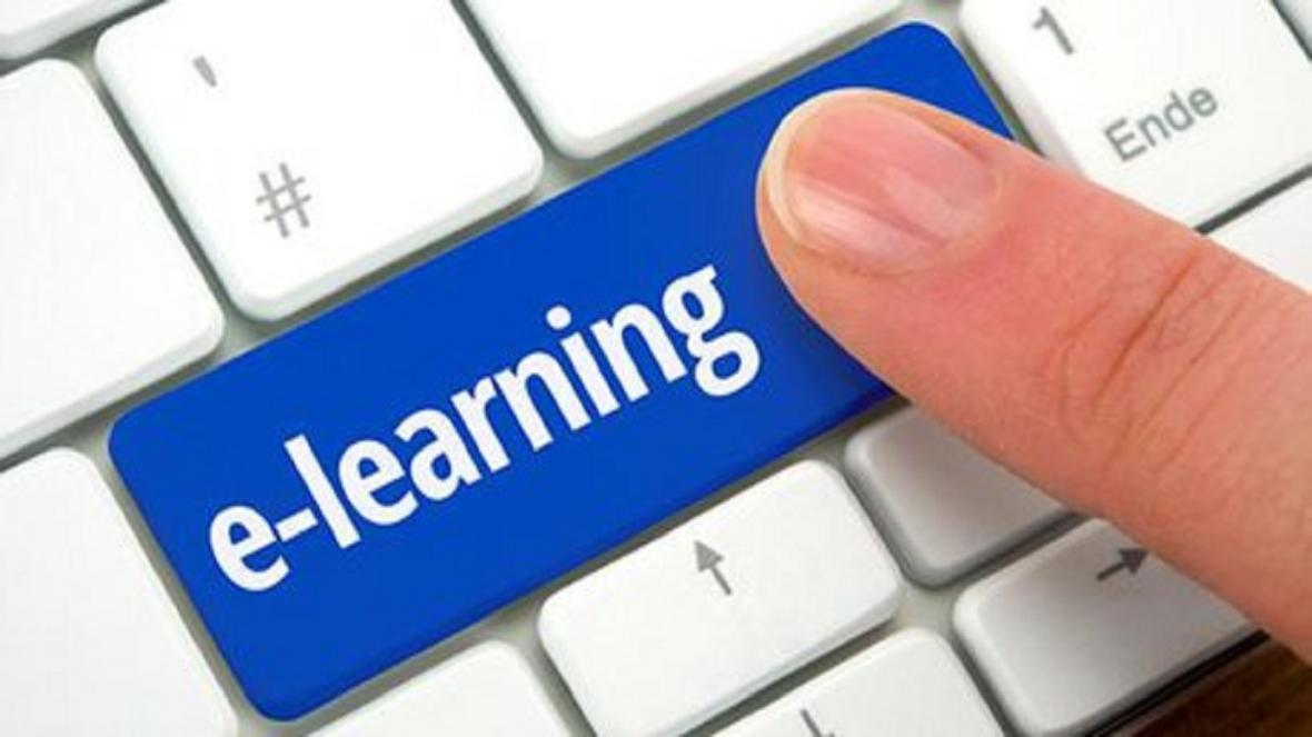 فضای مجازی جایگزین مناسبی برای آموزش حضوری نیست