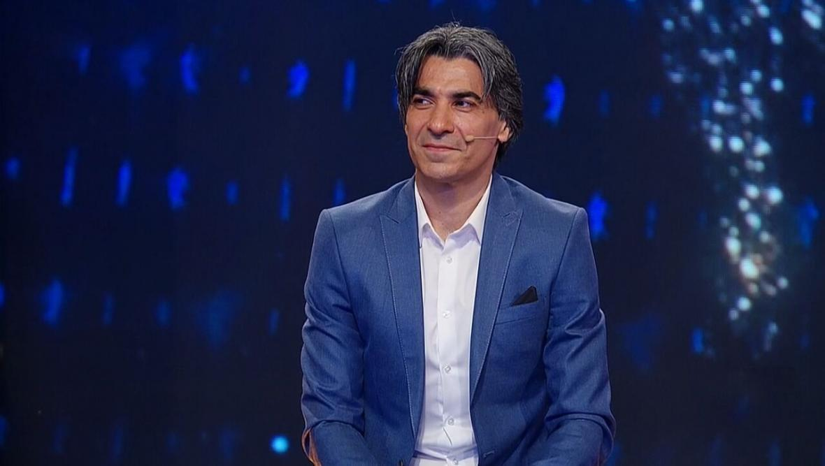 فرهاد مجیدی حتما باید 55 ساله شود تا مربیگری کند؟ ، در ایران همه دنبال نتیجه هستند نه تلاش