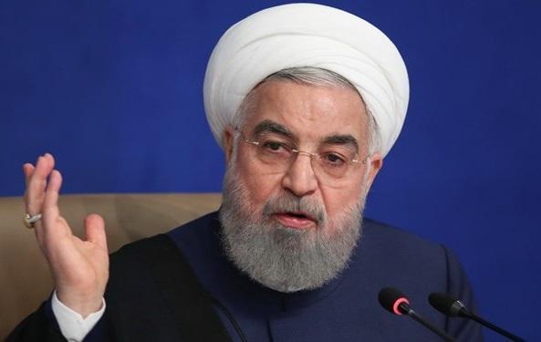 روحانی: آمریکا با ایجاد مانع در جهت تامین دارو و غذا نمی تواند مقاومت ایران را بشکند