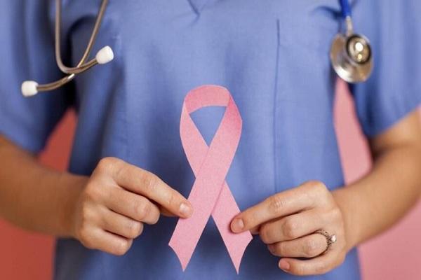 هورمون درمانی از بازگشت دوباره سرطان سینه جلوگیری می کند