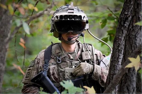 ارتباط بی کلام سربازان ایالت متحده با یکدیگر با بهره گیری از فناوری جدید!