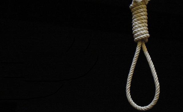 دیه دلاری و زن جوانی که با طناب دار دو هفته فاصله دارد