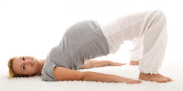 آموزش تصویری یوگا بارداری در 5 حرکت بی خطر