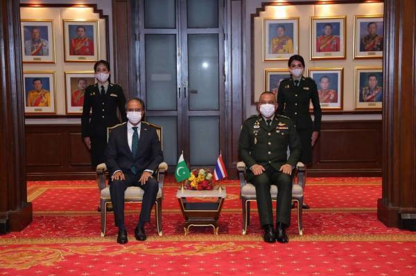پاکستان و تایلند توافق نامه دفاعی امضا کردند